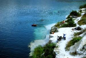 Известняковые отложения в воде
