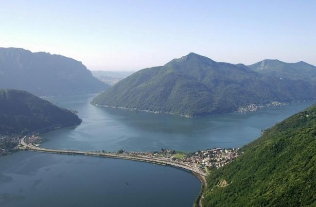 Вид на гору Сан-Джорджо в Швейцарии